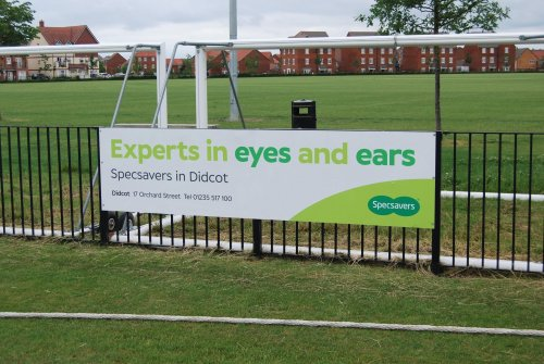 Specsavers supports local cricket club